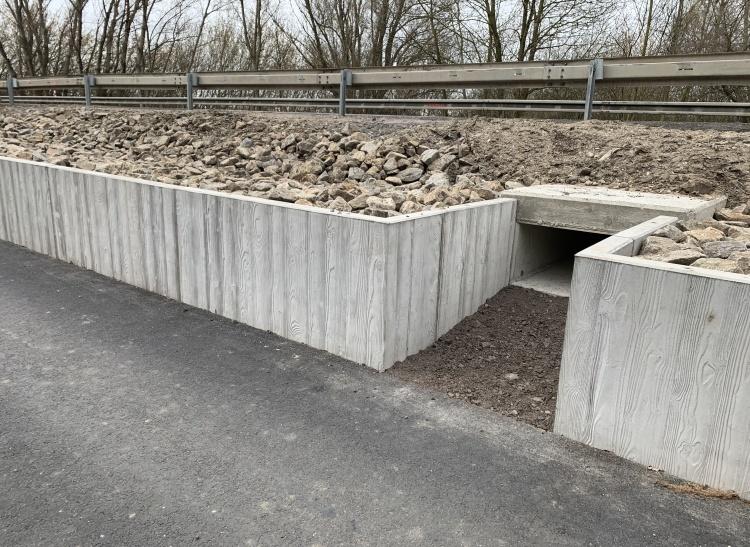 Řešení migrační prostupnosti pro vydry pod silnicí I/52
